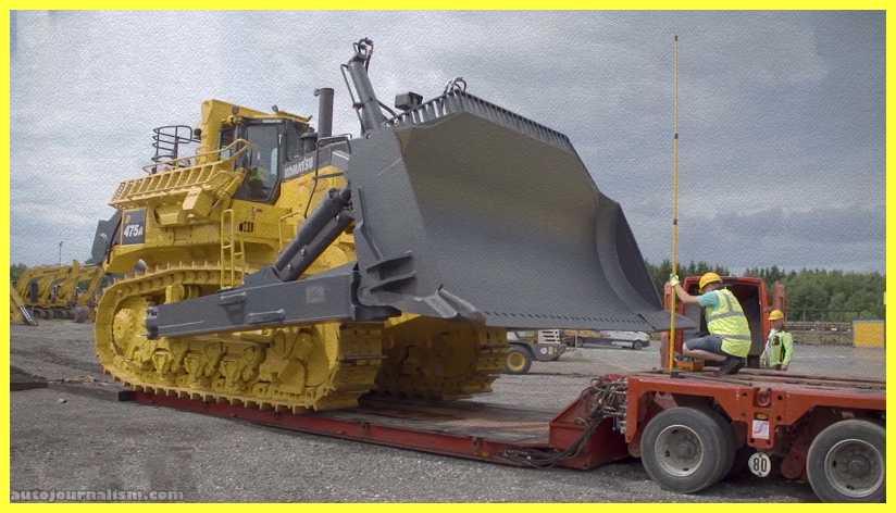 Top-10-Biggest-Bulldozer-in-the-World